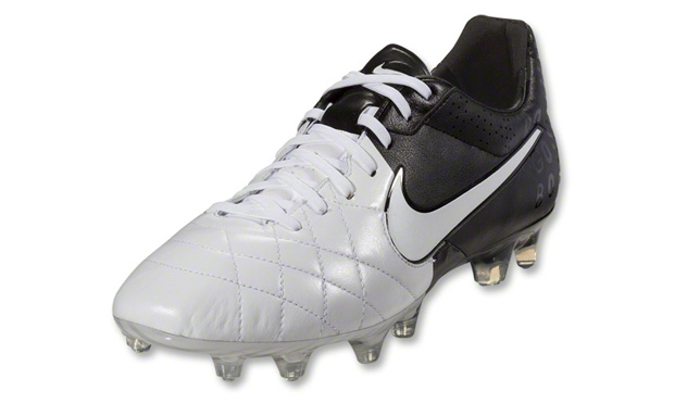 Botas Nike Tiempo Legend Elite IV de Sergio Ramos