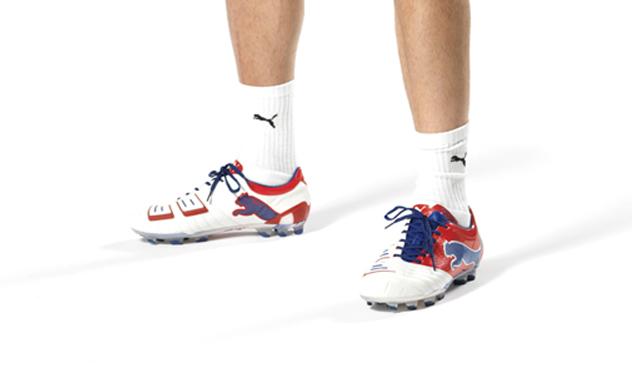Puma ha diseñado estas zapatillas para Cesc Fàbregas.