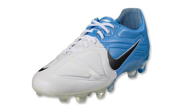 Botas Nike CTR360 Maestri II de Iniesta