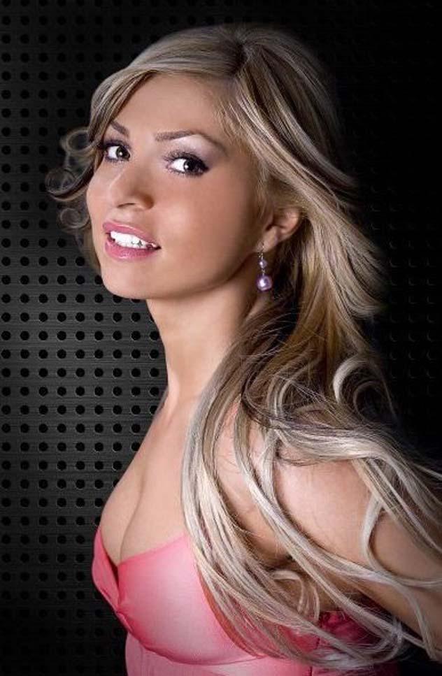 Adriana Nechita (RUM)