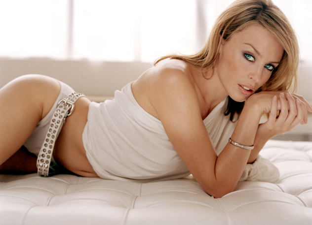 Kylie-minogue-1024x768-26027