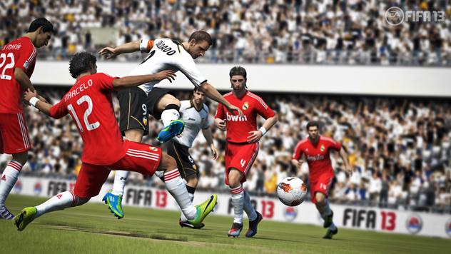 FIFA13_Soldado_shot_WM