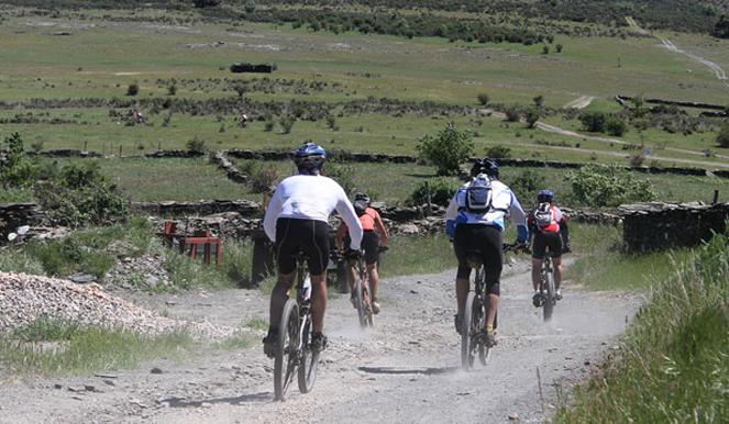 El Club GR10 entrena Riaza B-PRO Bike