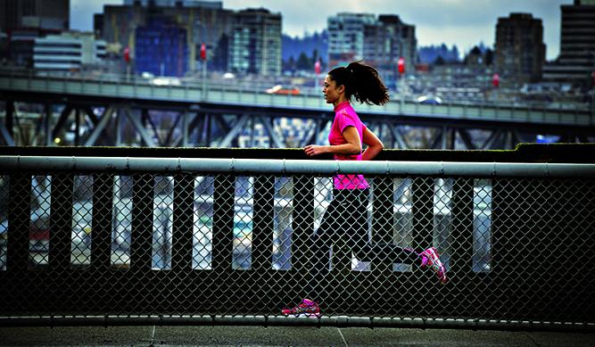 Zapatillas y buen cine para corredores de fondo