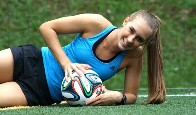 Nicole Regnier, puro fútbol colombiano