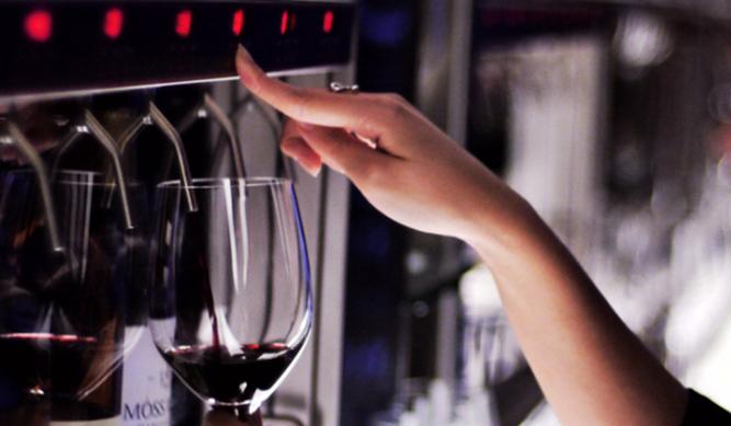 Enomatic, cata autónoma de vinos excelsos