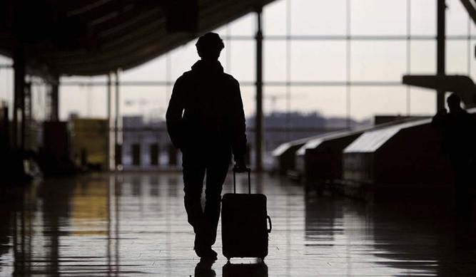 Ropa de emergencia para una maleta de viaje